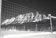 Banff's most photographed mountain, and least photographed fence, OM-2n Fomapan 400, A76 1:1